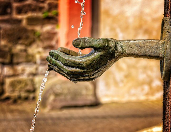 fountain-3412242_1920